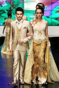 kebaya-anne-avantie-pengantin-modern-2012